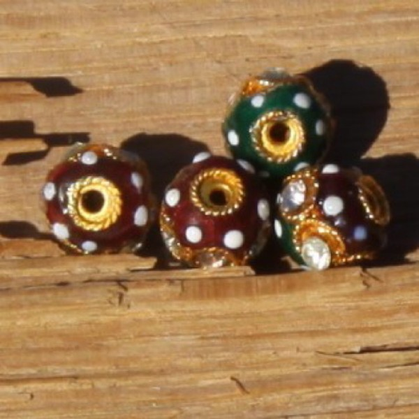 Lot de 4 perles indiennes vertes et rouges, 8mm - Photo n°1