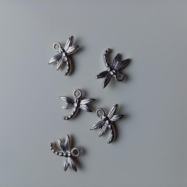 Lot de 5  libellules pour égailler votre poignée, ou décoration - Photo n°1