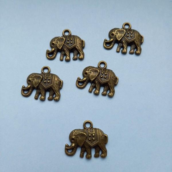 Cinq éléphants ça trompe ..., breloque En bronze, 23 mm - Photo n°1
