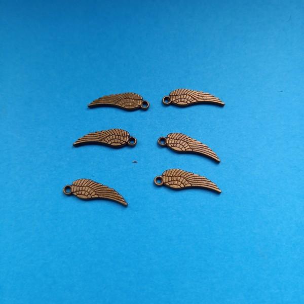 Prenez  l'air avec ces Six ailes  en bronze, 1 cm - Photo n°1