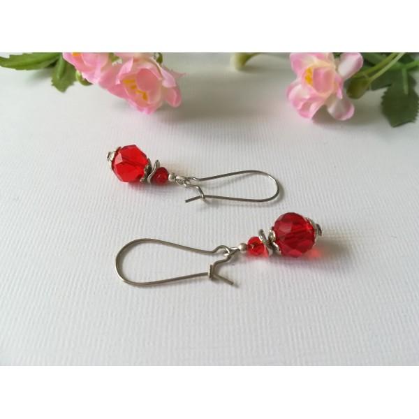 Kit boucles d'oreilles perle rouge à facette et apprêts argent mat - Photo n°2