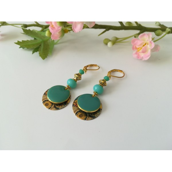 Kit boucles d'oreilles pendentif doré et perles vert d'eau - Photo n°2