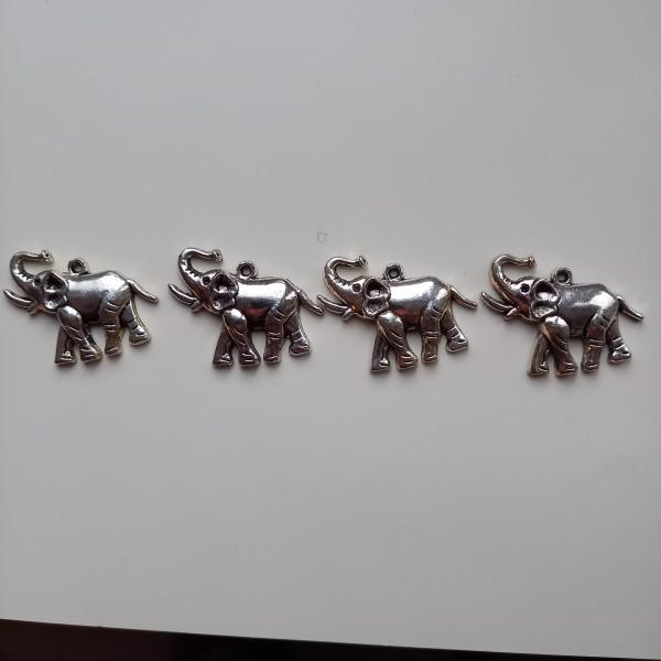 Magnifique 4 éléphants aux grandes oreilles, breloque - Photo n°1
