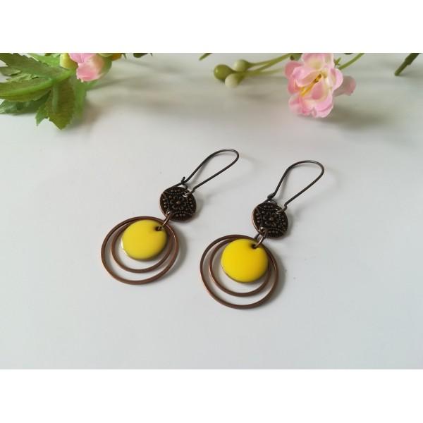 Kit boucles d'oreilles anneaux cuivre rouge et sequin émail jaune - Photo n°2