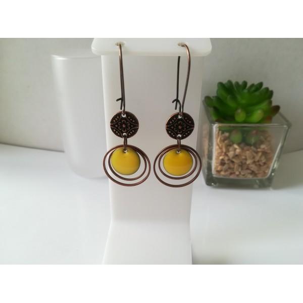 Kit boucles d'oreilles anneaux cuivre rouge et sequin émail jaune - Photo n°1