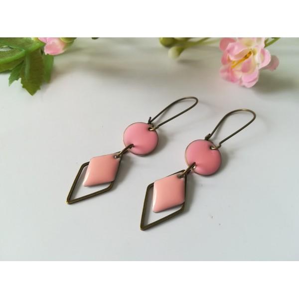 Kit boucles d'oreilles connecteur bronze et sequin émail rose - Photo n°2