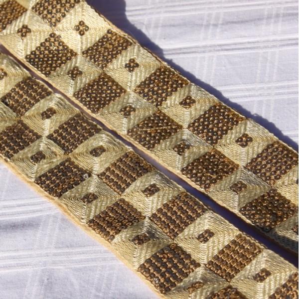 Galon écru paillettes et coton, 5 cm de large - Photo n°2