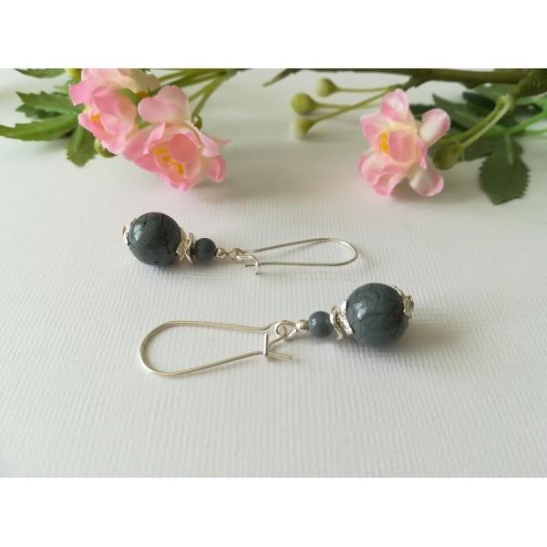 Kit boucles d'oreilles apprêt argenté et perle grise tréfilé noir - Photo n°1