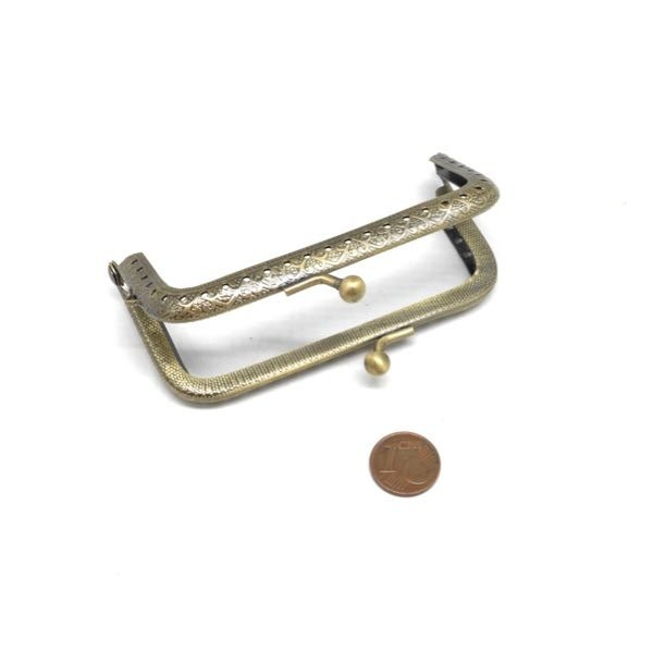 Fermoir Porte Monnaie En Métal De Couleur Bronze Travaillé 9cm Avec Attache Sur Un Côté Clic Cla - Photo n°4