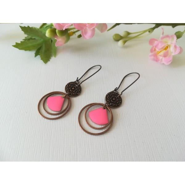 Kit boucles d'oreilles anneaux cuivre rouge et sequin émail rose vif - Photo n°2
