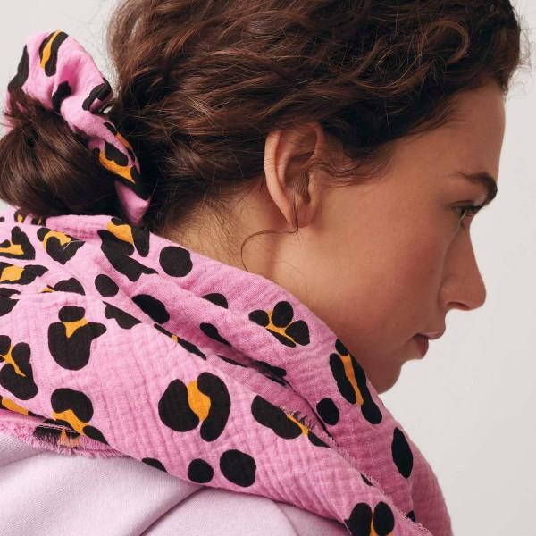 Tissu double gaze de coton Rico Design - Motif Léopard Rose - Vendu par 10 cm - Photo n°5