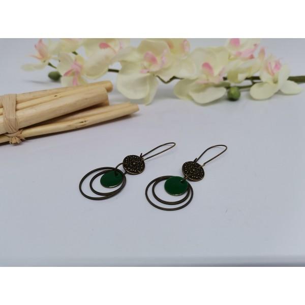 Kit boucles d'oreilles anneaux bronze et sequin émail vert foncé - Photo n°2