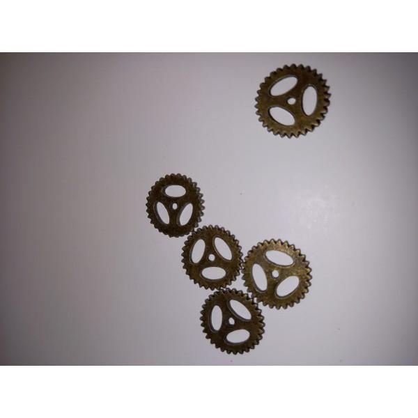 Breloque ,cinq roues à dents en bronzes prêt pour la mécanique. , , - Photo n°1