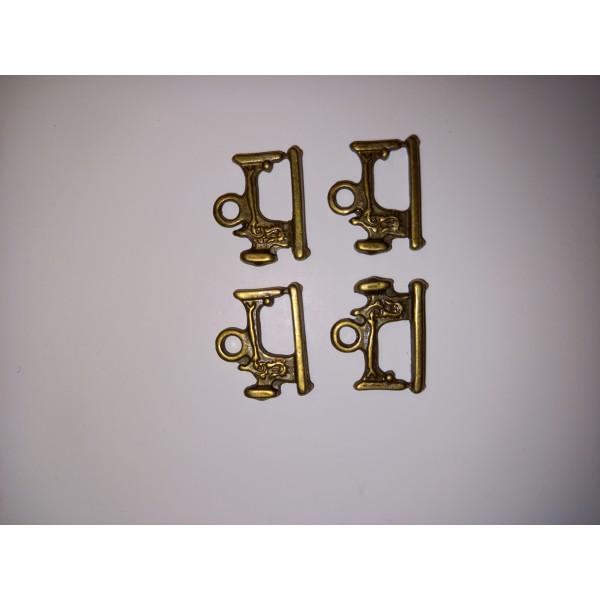 Breloque 4 machines à coudre à anneau en bronze , 1,5 cm - Photo n°1