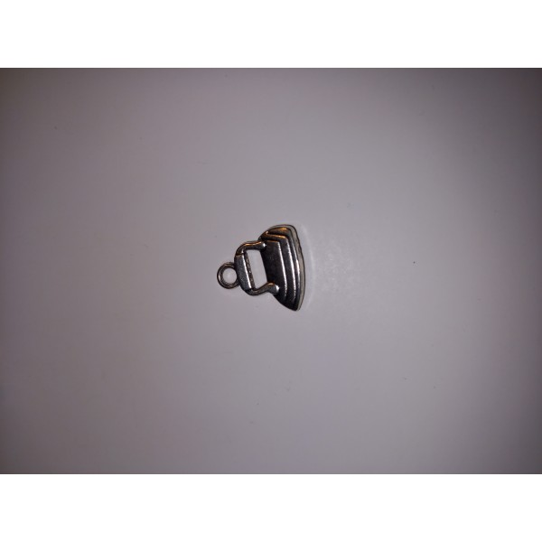 Breloque 1 fer à repasser en métal blanc 1,5 cm - Photo n°1