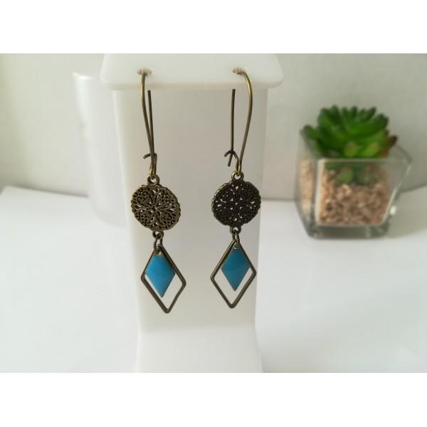 Kit de boucles d'oreilles apprêts bronze et sequin émail bleu losange - Photo n°1