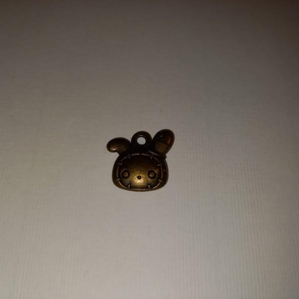 Breloque,une tortue  pour vos balades ....2 cm en fonte - Photo n°1
