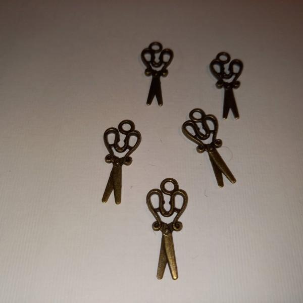 Breloque, 5 paires de ciseaux en fonte, 2.5 cm - Photo n°1