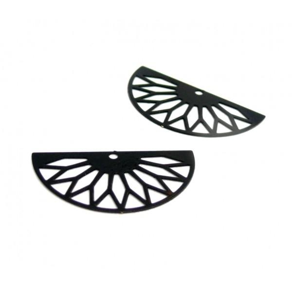 AE111362 Lot de 4 Estampes pendentif filigrane demi cercle Eventail GM 16 par 30 mm Coloris Noir - Photo n°1