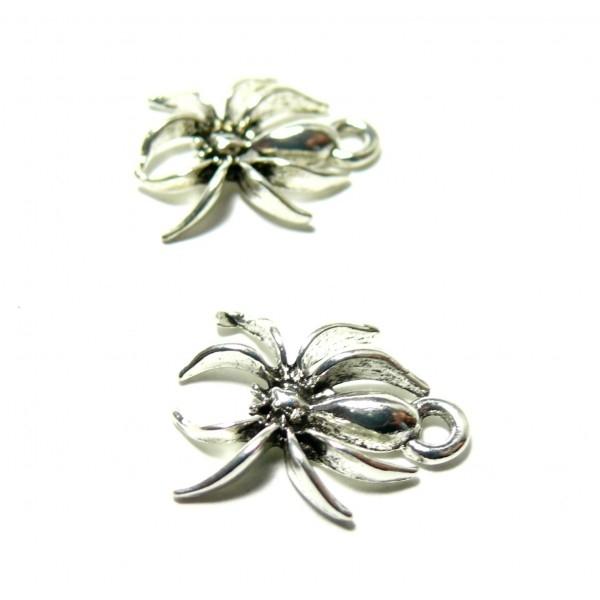 S110090842 PAX 30 pendentifs Breloque Araignée 3D Halloween couleur Argent Antique - Photo n°1