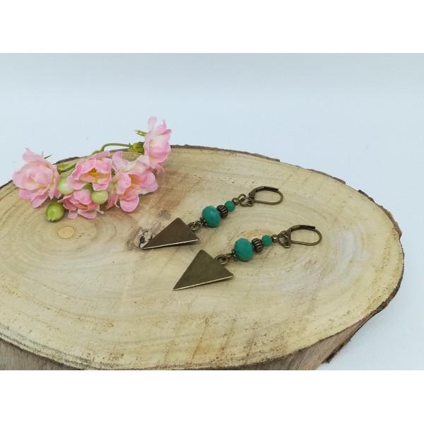 Kit boucles d'oreilles apprêts  bronze et perles en verre à facette verte - Photo n°2