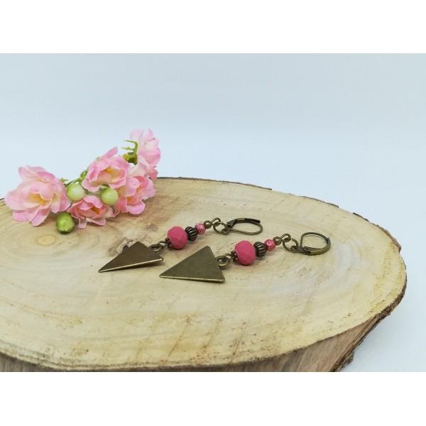 Kit boucles d'oreilles apprêts  bronze et perles en verre à facette framboise - Photo n°2