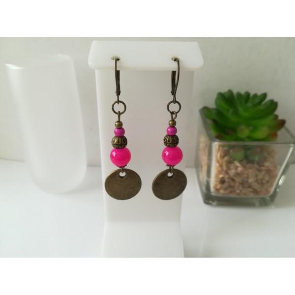 Kit boucles d'oreilles apprêts bronze et perles en verre ronde fuchsia - Photo n°1