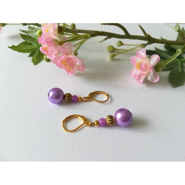 Kit boucles d'oreilles apprêts dorés et perles en verre nacré mauve - Photo n°2