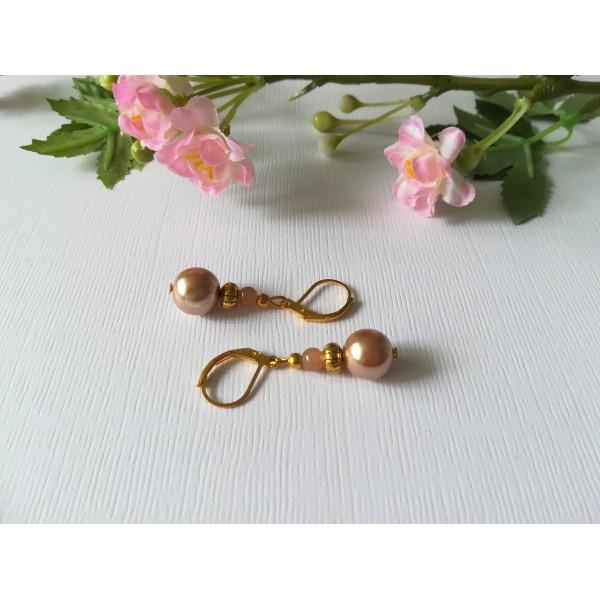 Kit boucles d'oreilles apprêts dorés et perles en verre nacré marron clair - Photo n°2