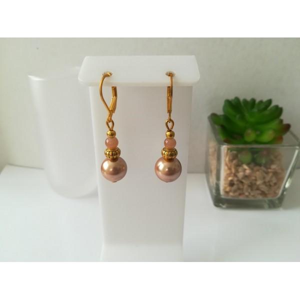 Kit boucles d'oreilles apprêts dorés et perles en verre nacré marron clair - Photo n°1