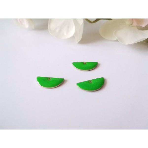 Breloque sequins émail demi rond 18 mm vert x 2 - Photo n°1