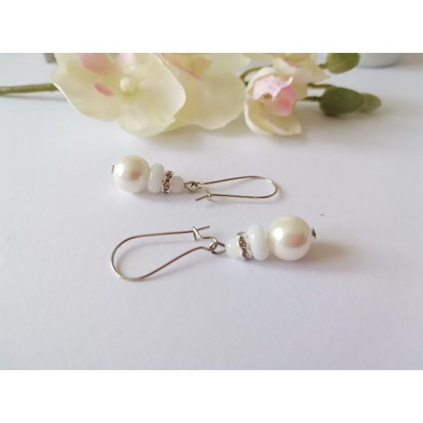 Kit boucles d'oreilles perles blanches et rondelle strass cristal - Photo n°2