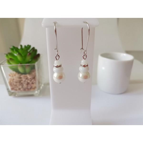 Kit boucles d'oreilles perles blanches et rondelle strass cristal - Photo n°1
