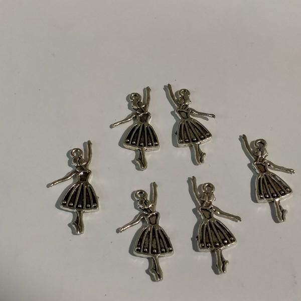 Breloque 6 petites danseuses - Photo n°1