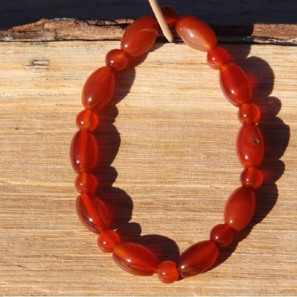 Bracelet en cornaline réglable, perles de 6 mm - Photo n°1