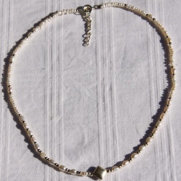 Collier perles d'eau douce et argent ( 42 cm et +) - Photo n°3