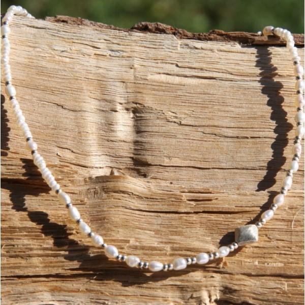 Collier perles d'eau douce et argent ( 42 cm et +) - Photo n°1