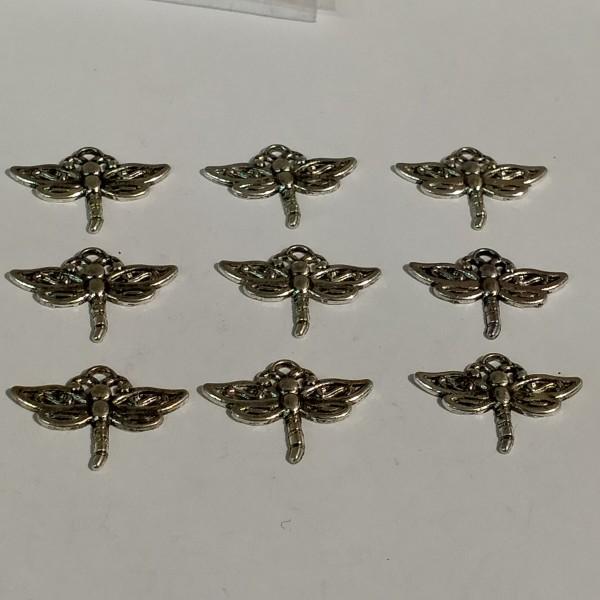 Breloques, 9  libellules en métal argenté, 1.5 cm - Photo n°1
