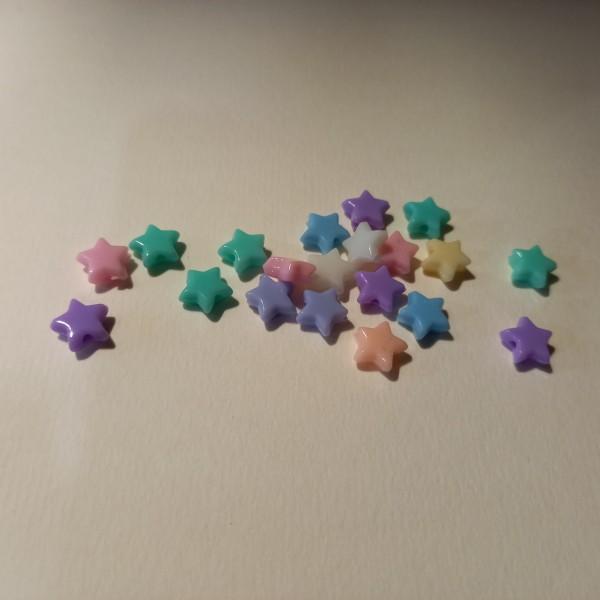 Vingt perles en forme d'étoile et différentes couleur - Photo n°1