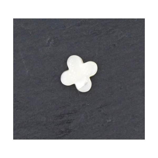 4 Perles Fleur En Nacre, Croix De Couleur Ivoire Nacré 10mm - Photo n°3