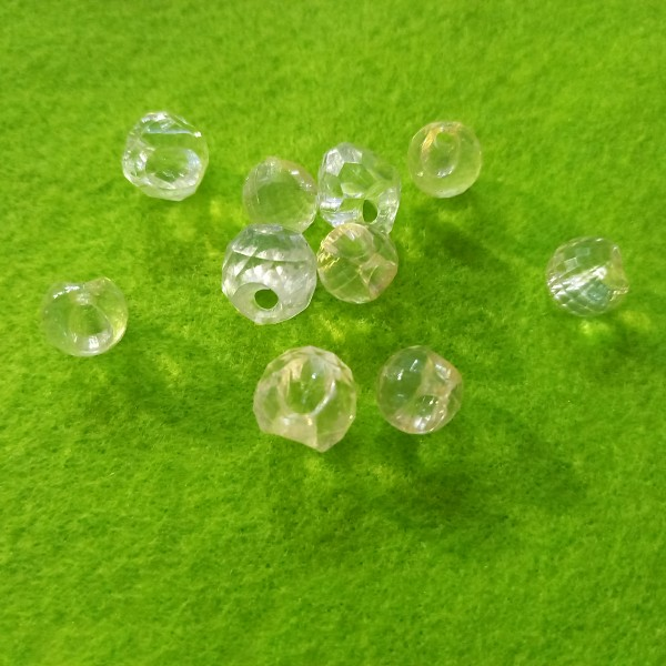 Ensemble 10 perles à facettes transparentes jaune clair en résine, 1cm - Photo n°1
