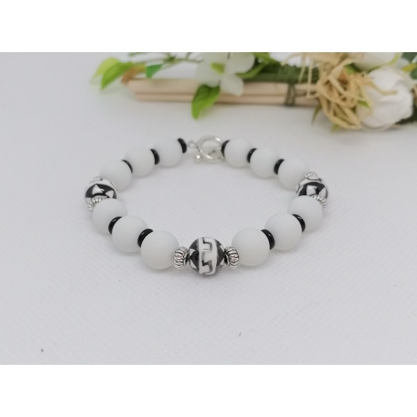 Kit bracelet perles en verre ronde noire et blanche - Photo n°2