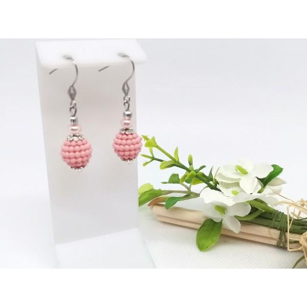 Kit boucles d'oreilles perles roses et apprêts argent mat - Photo n°1