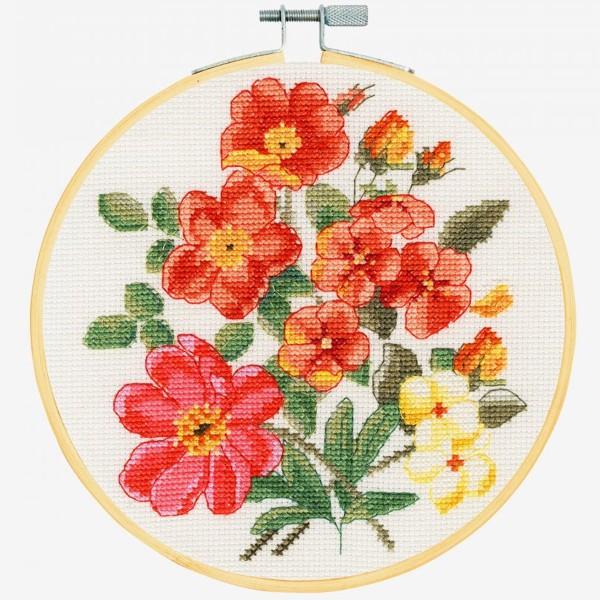 Kit broderie point de croix + tambour - Roses sauvages - Ø 18 cm - Photo n°2