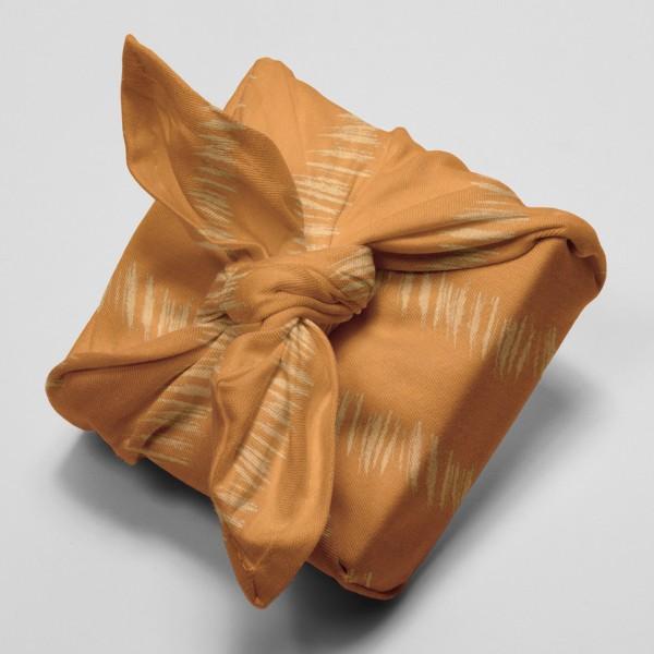 Tissu Gaze de coton Transformation Rico Design - Moutarde détails dorés - Vendu par 10 cm - Photo n°4
