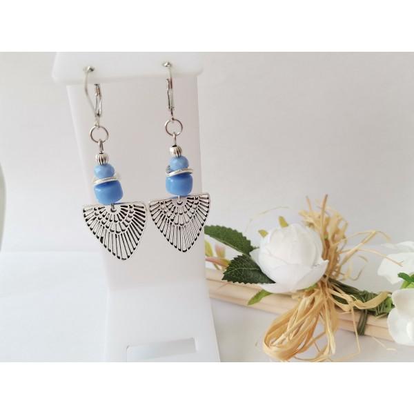 Kit boucles d'oreilles perles en verre bleu et pendentif argent mat - Photo n°1