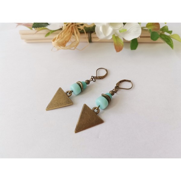 Kit boucles d'oreilles pendentif bronze et perles en verre bleu vert - Photo n°2