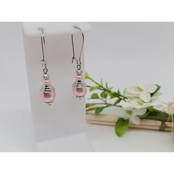 Kit de boucles d'oreilles apprêts argent mat et perle en verre rose - Photo n°1