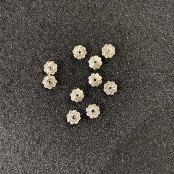 Dix perles Swarovski avec fond métal - Photo n°1