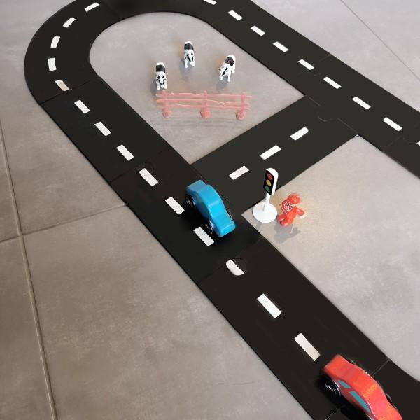 Circuit voiture en bois - 88 x 34 cm - 11 pcs - Photo n°4